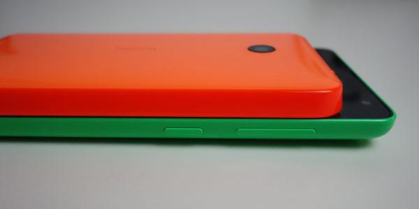 Lumia 535 vs. Lumia 630 - das neuere Modell ist deutlich dünner