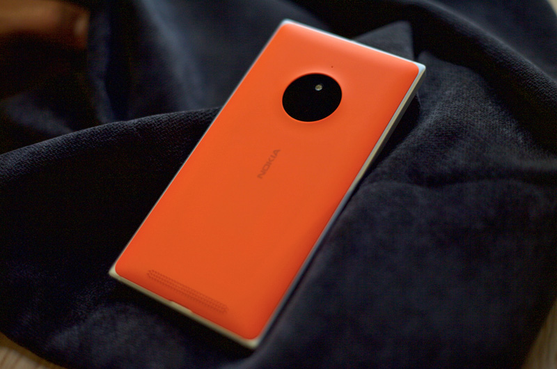 Lumia-830-Satin