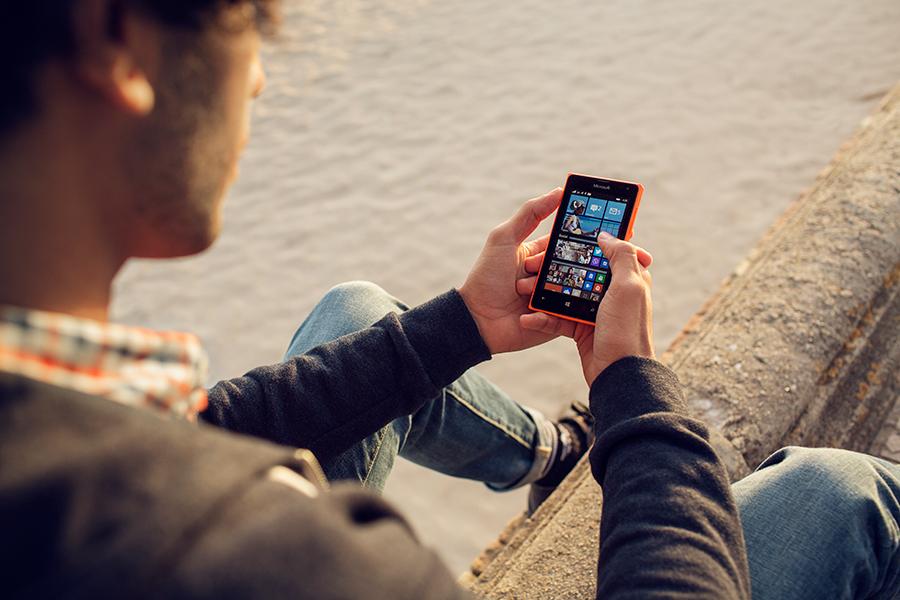 Microsoft-Lumia-435_5