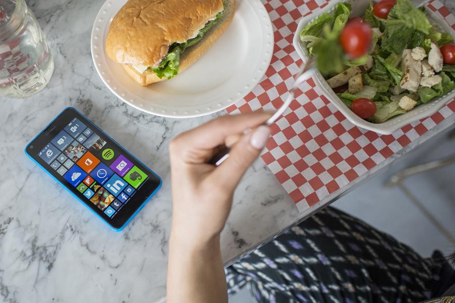 Lumia-640-6