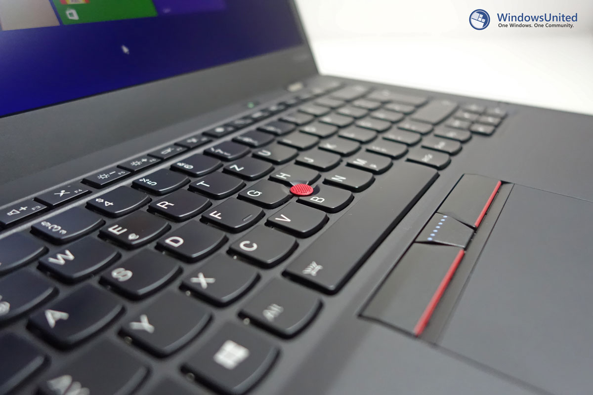ThinkPad-X1-Carbon-Close-Up