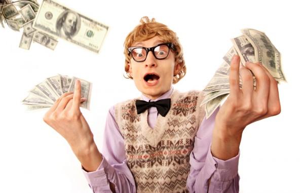 geek-nerd-lottery-cash-money-winner-600x381