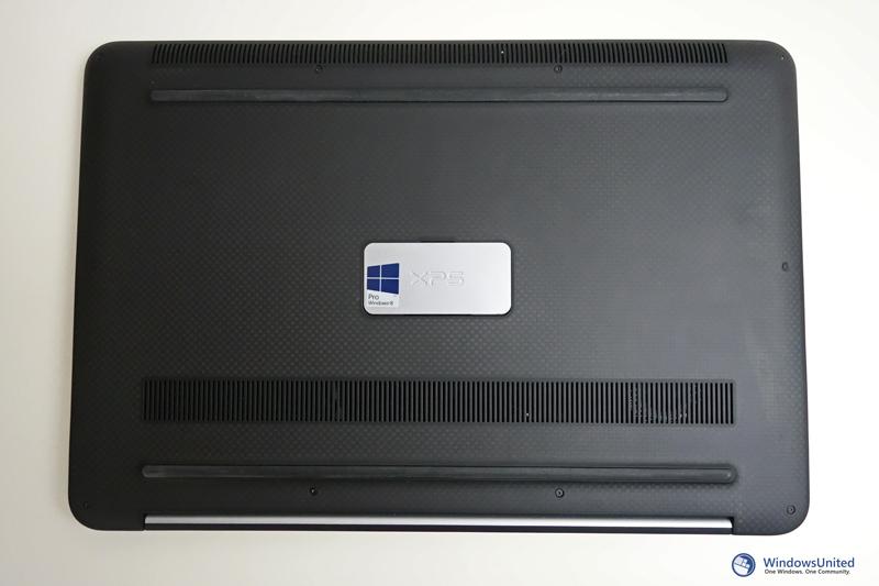 Dell-XPS-15-hinten