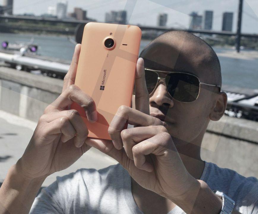 Lumia 640 orange 3