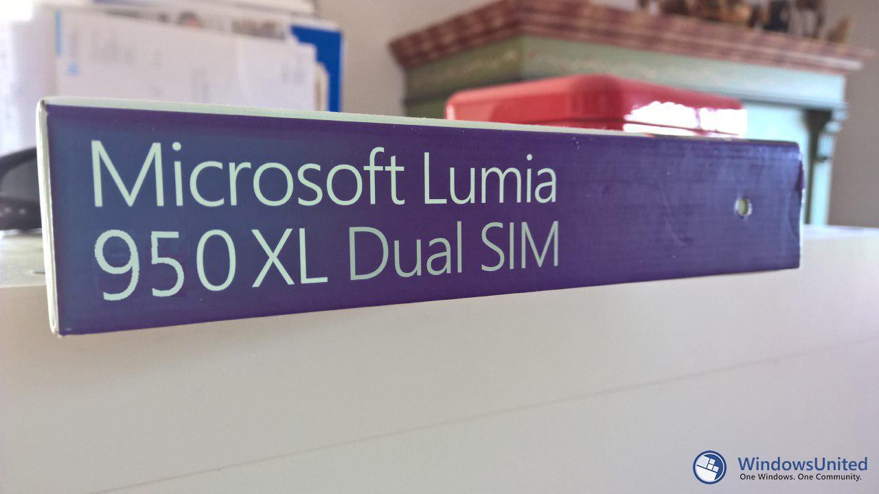 Lumia-950-Dual-SIM_95321696713572414