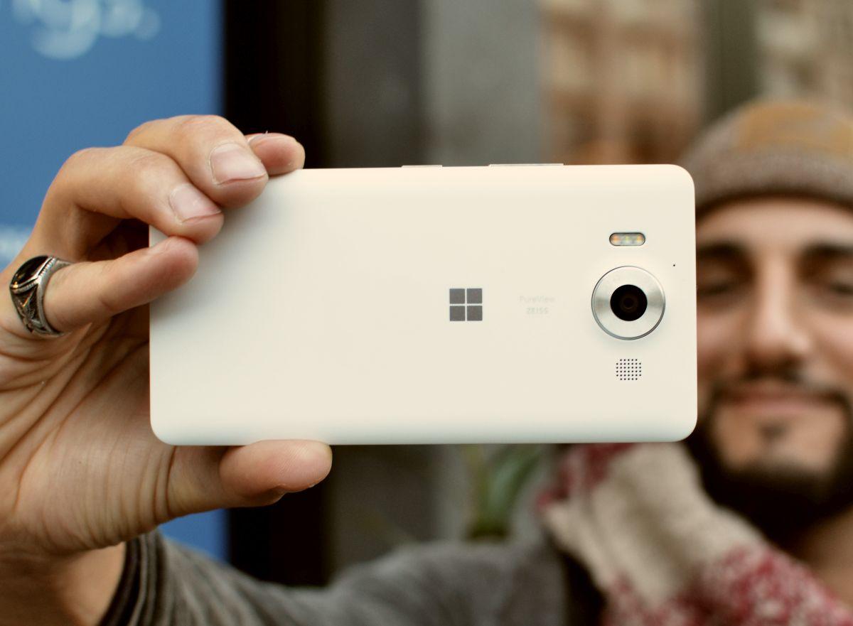 Lumia950 01