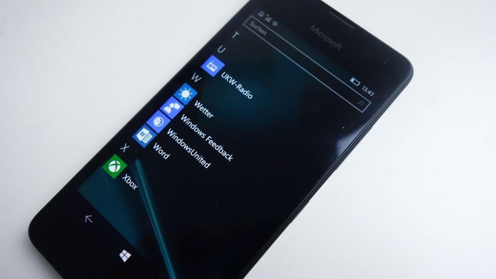 Windows-10-Mobile-Feedback-App