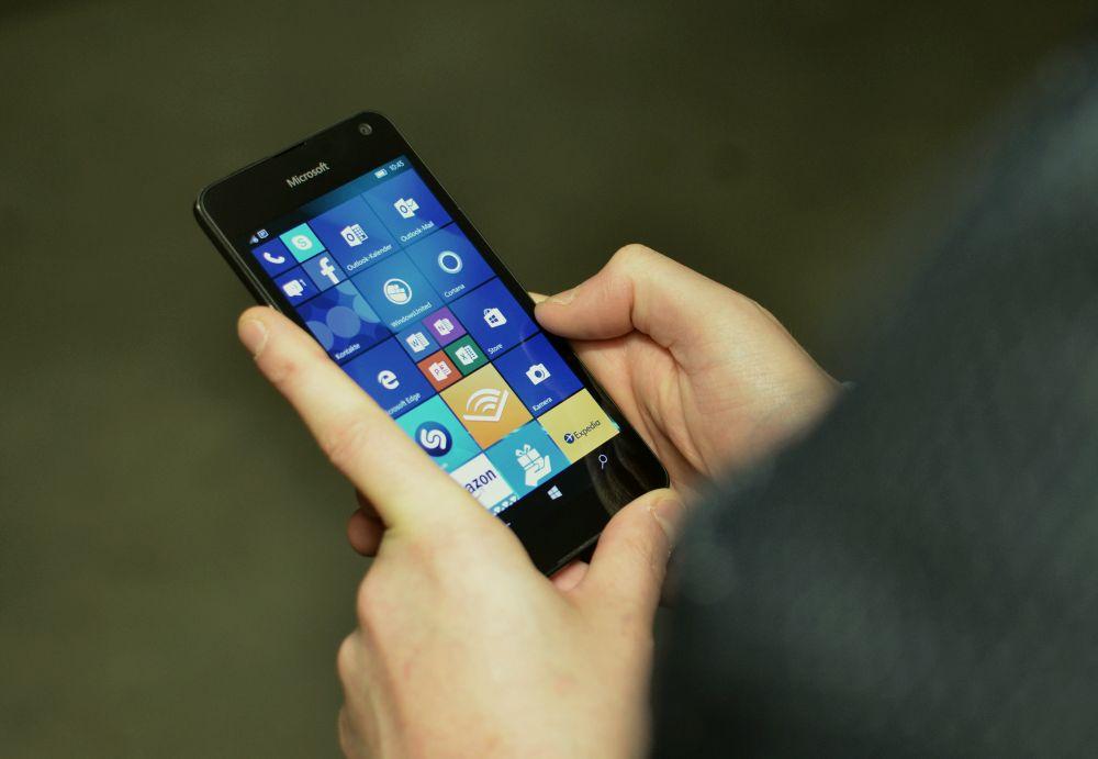 Lumia650 24