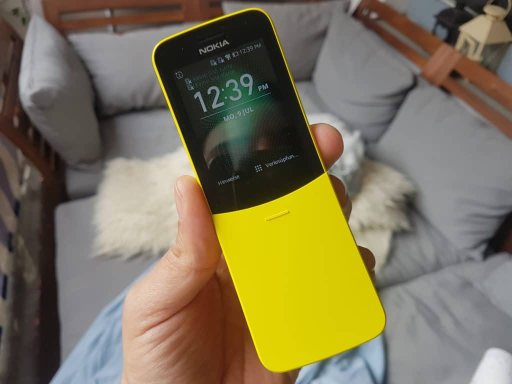 Nokia 8110 4G Whatsapp