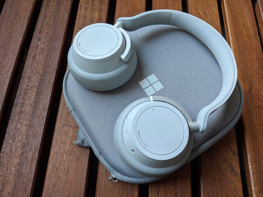 Surface Headphones Microsoft Test