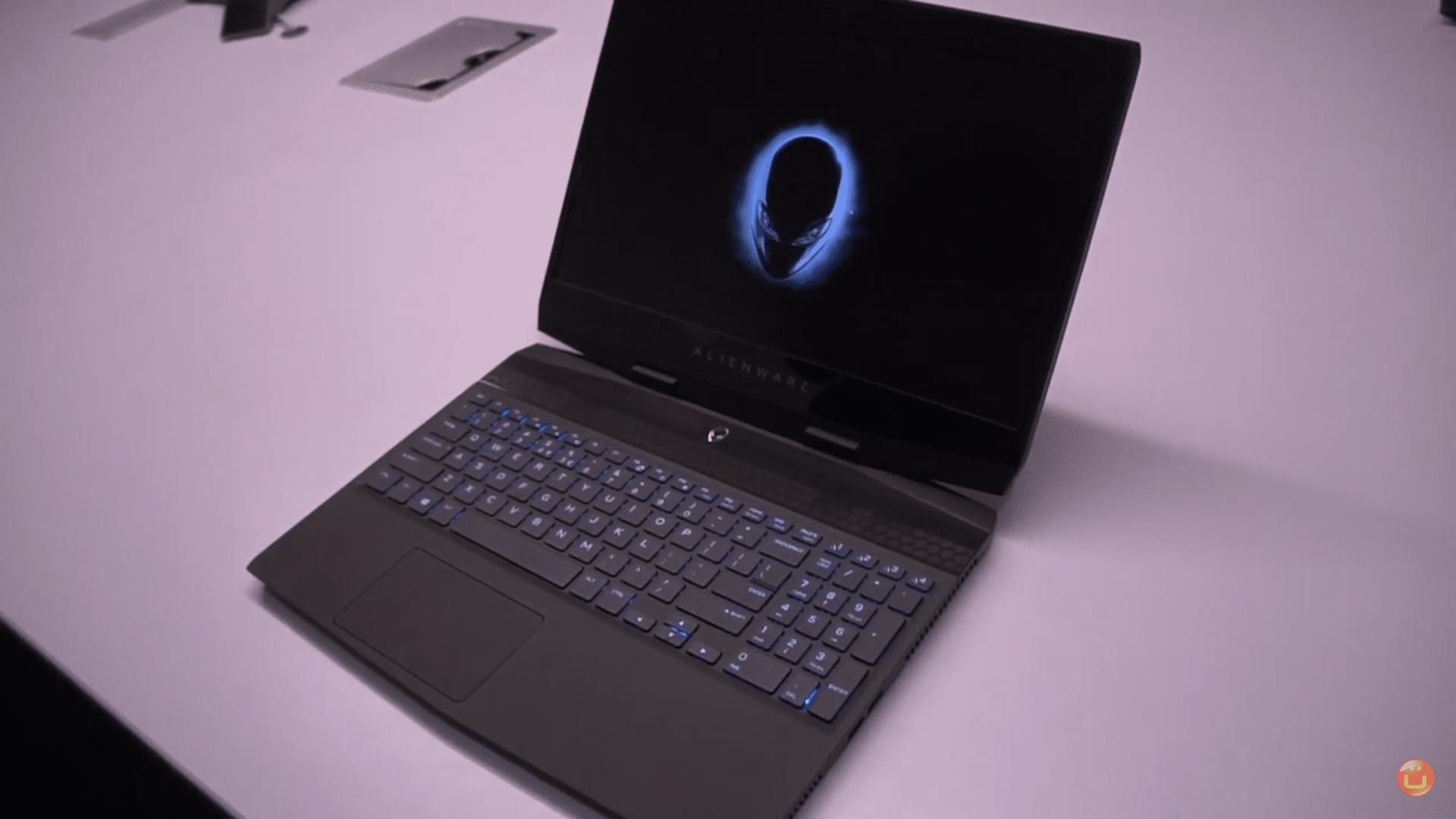Alienware m15 2019 RTX 2080 max q
