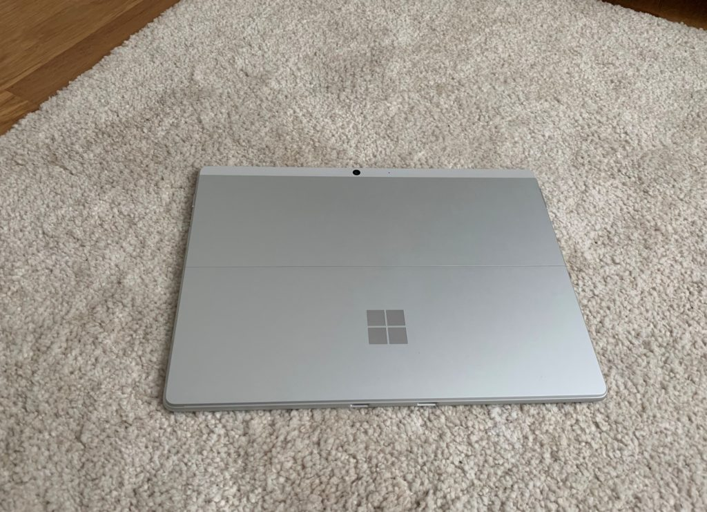 Surface Pro X (2020)